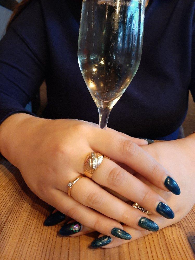 Заказал кольцо и получил в течение часа.очень благодарен вам
