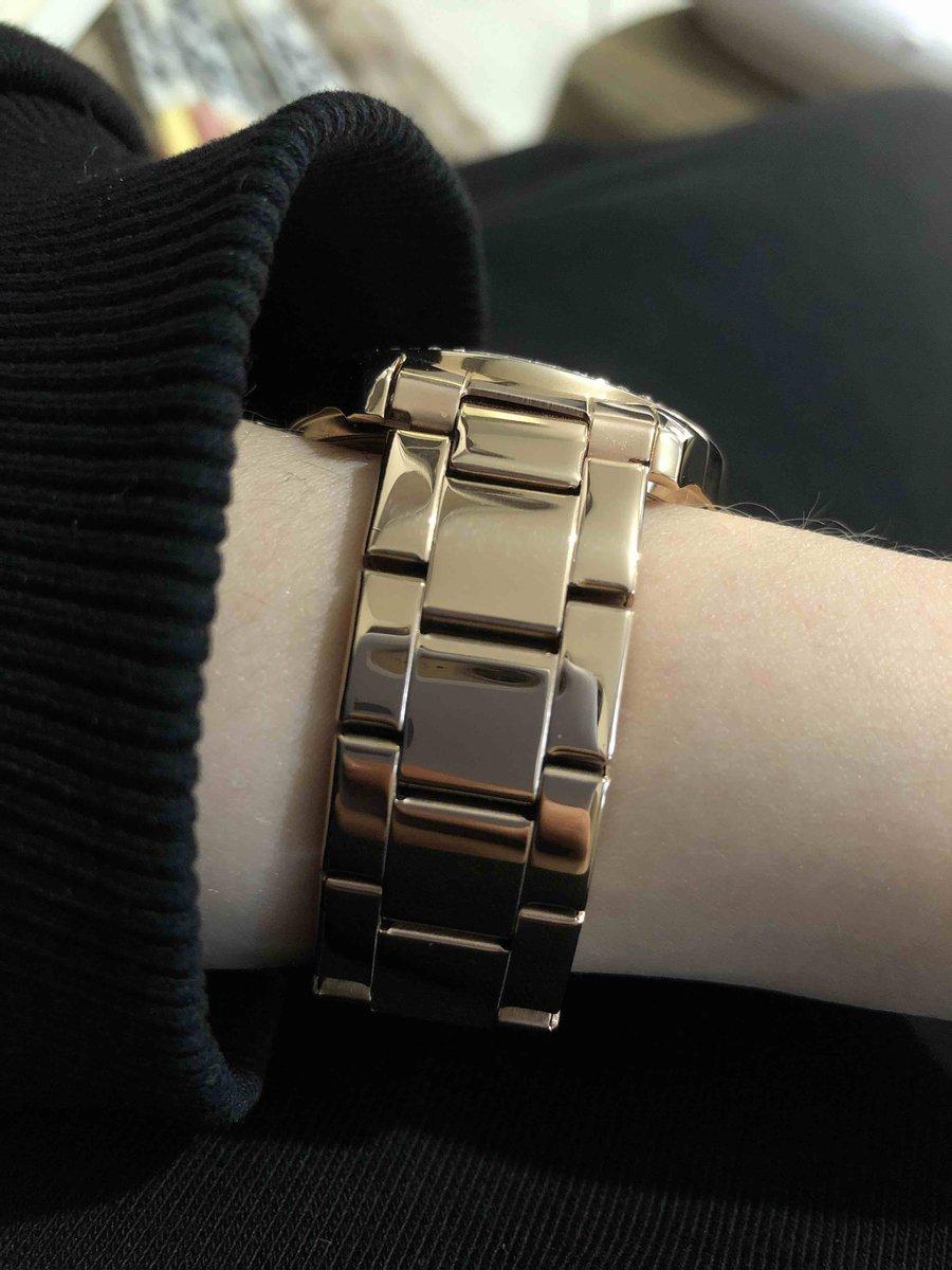Классные, стильные часы по приятной цене