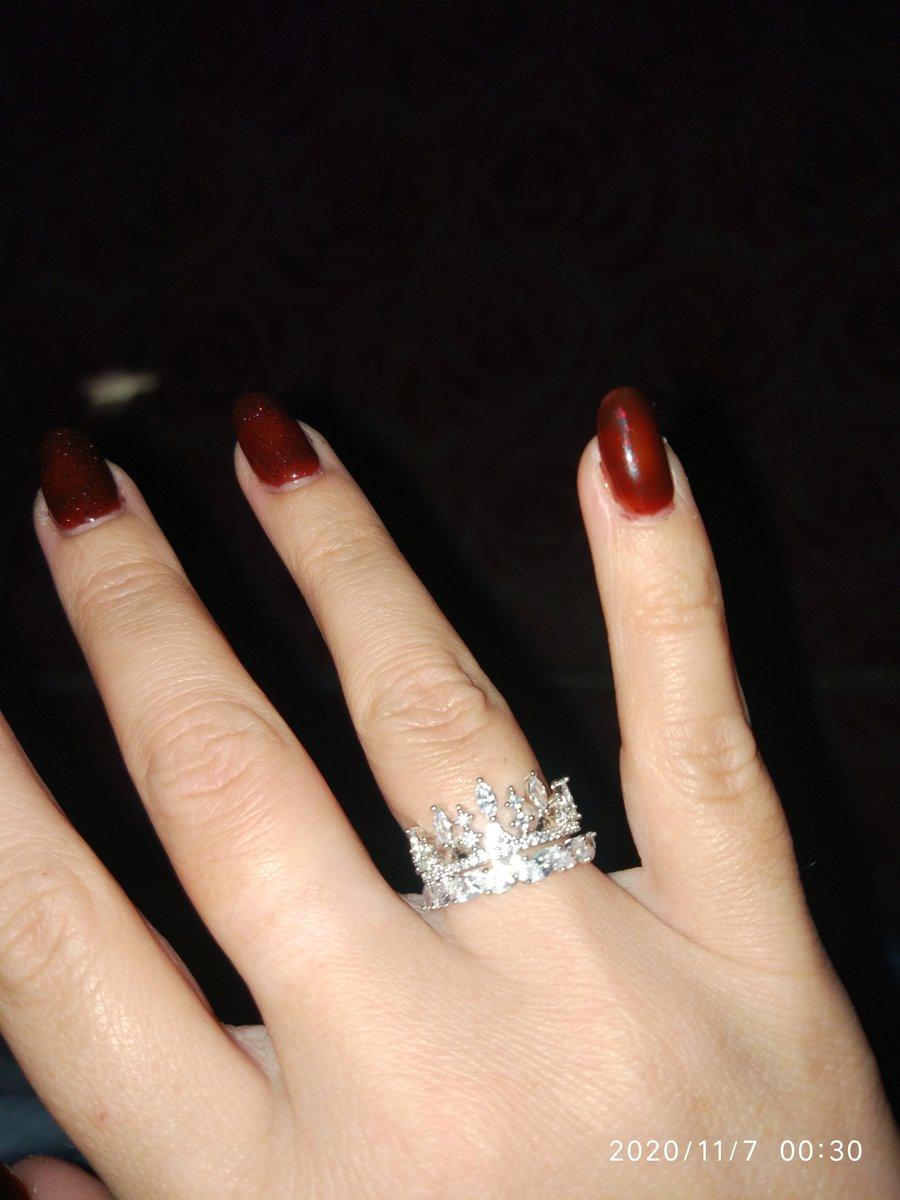 Шикарное недорогое кольцо