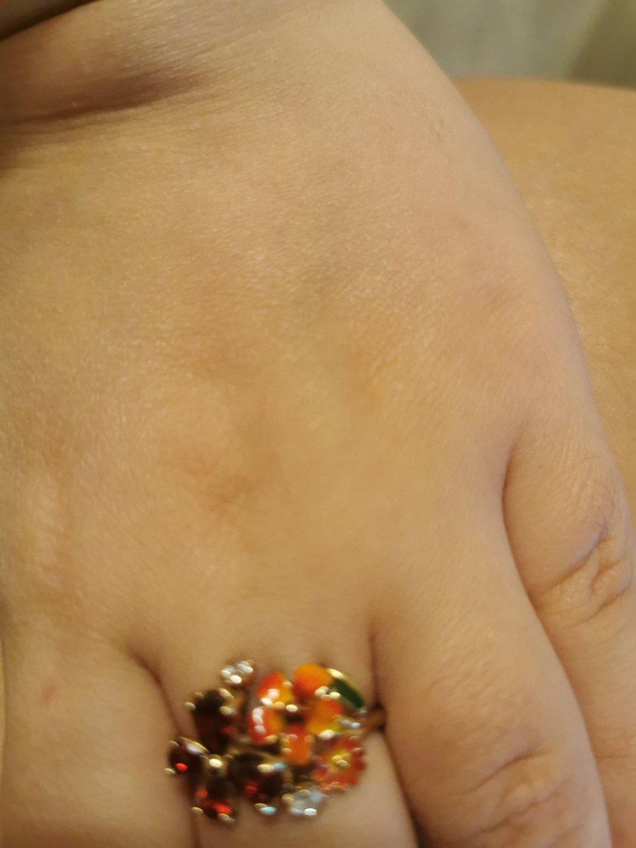 Потрясающее необыкновенное кольцо