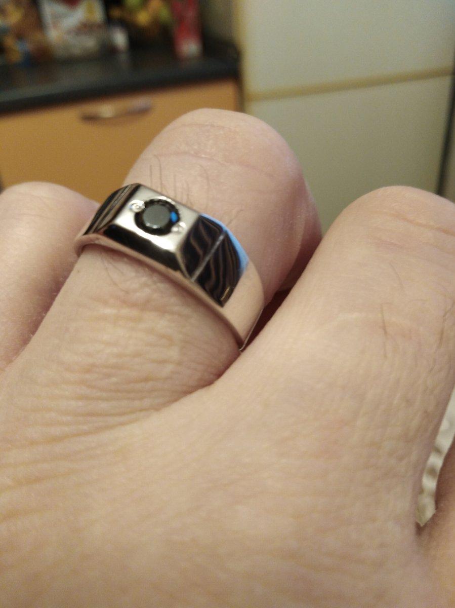 Приятное и кросивое кольцо