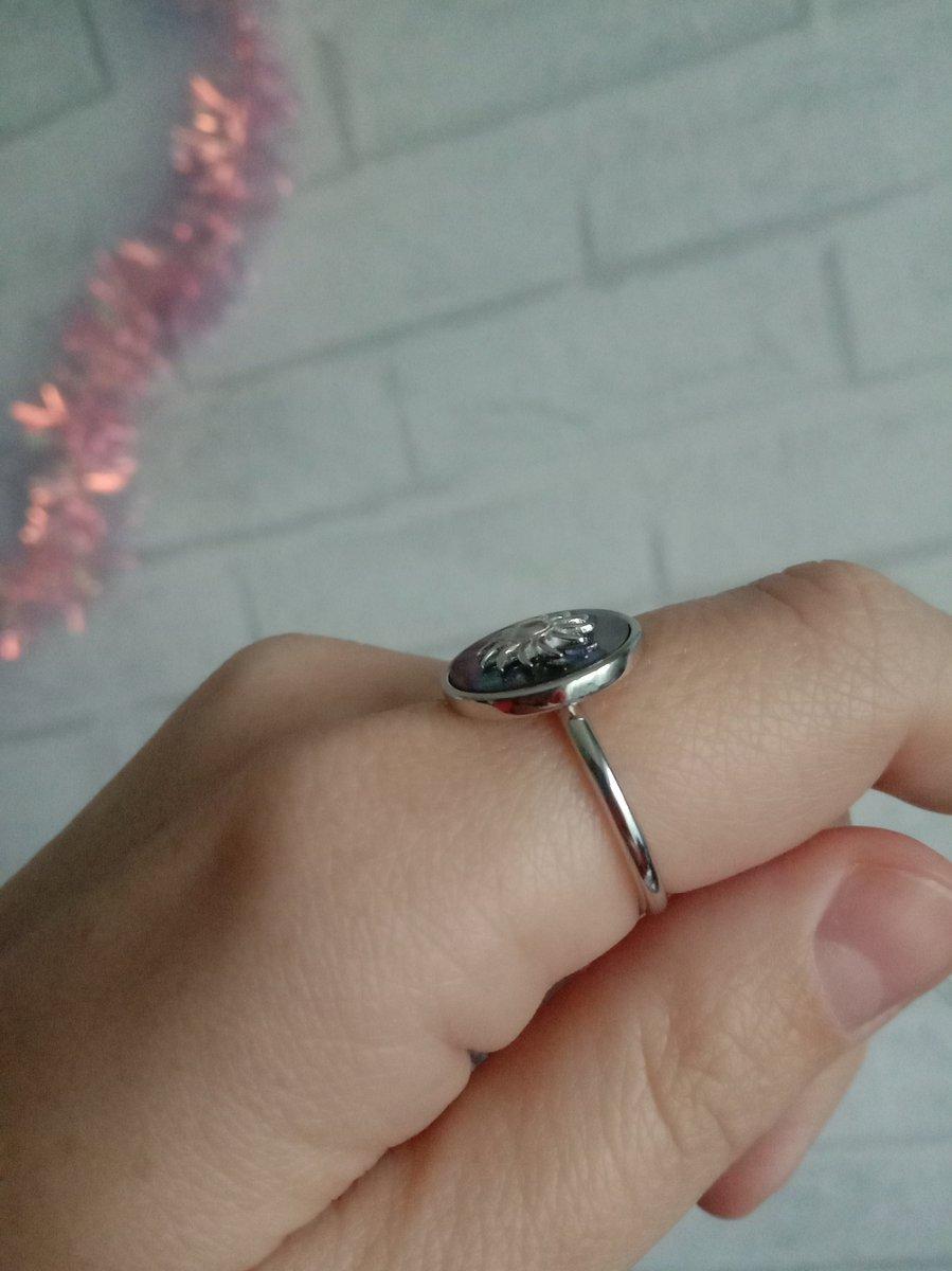 Серебряное кольцо с ракушкой