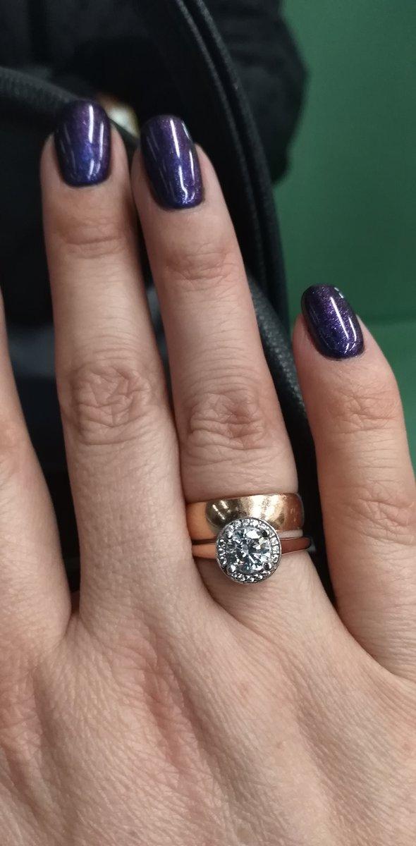 Замечательный перстень.