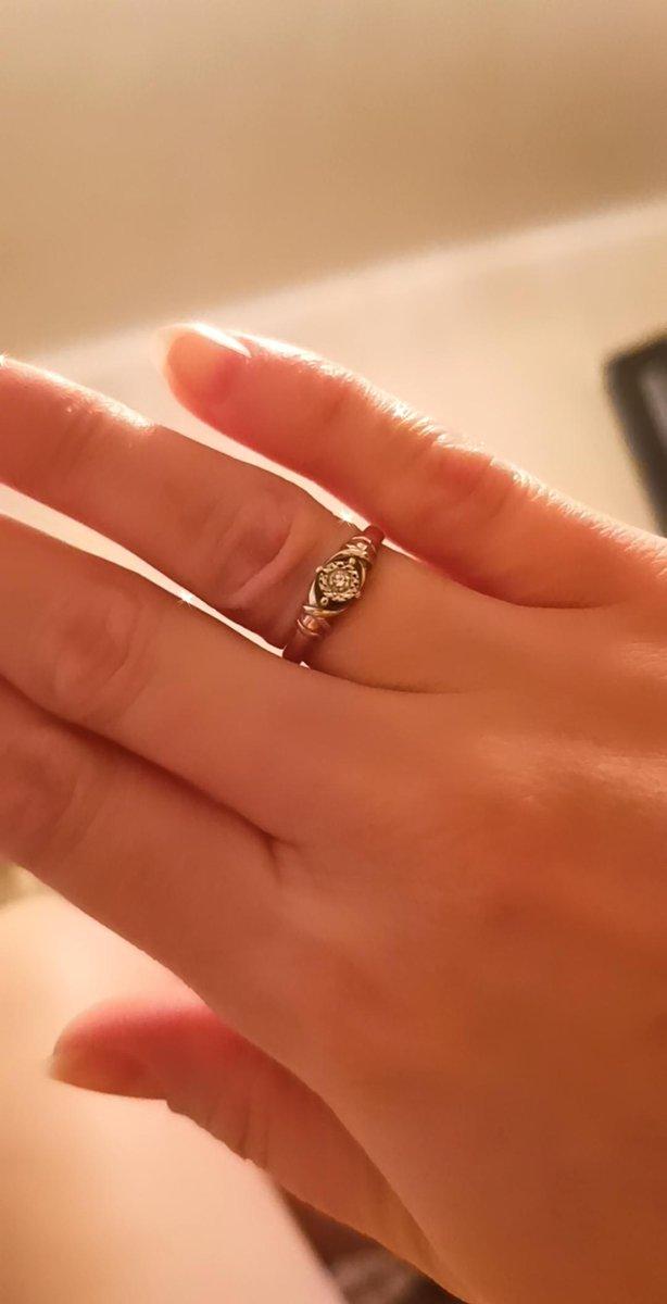 Аккуратное и изящное кольцо