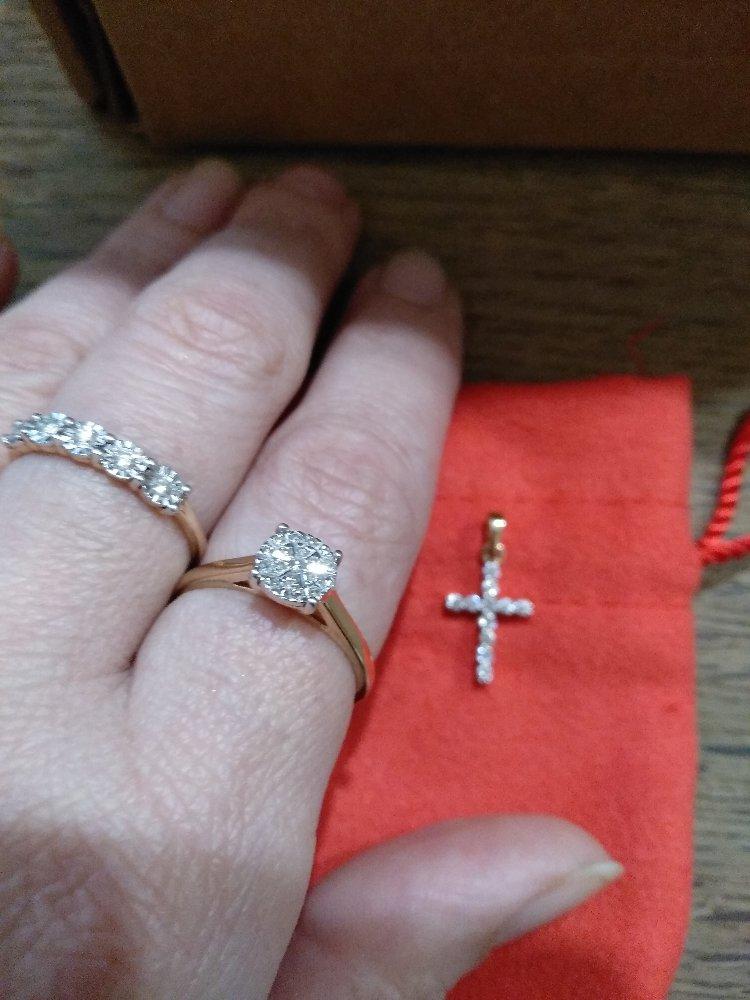 Украшения с бриллиантами всегда прекрасны и смотрится восхитительно!