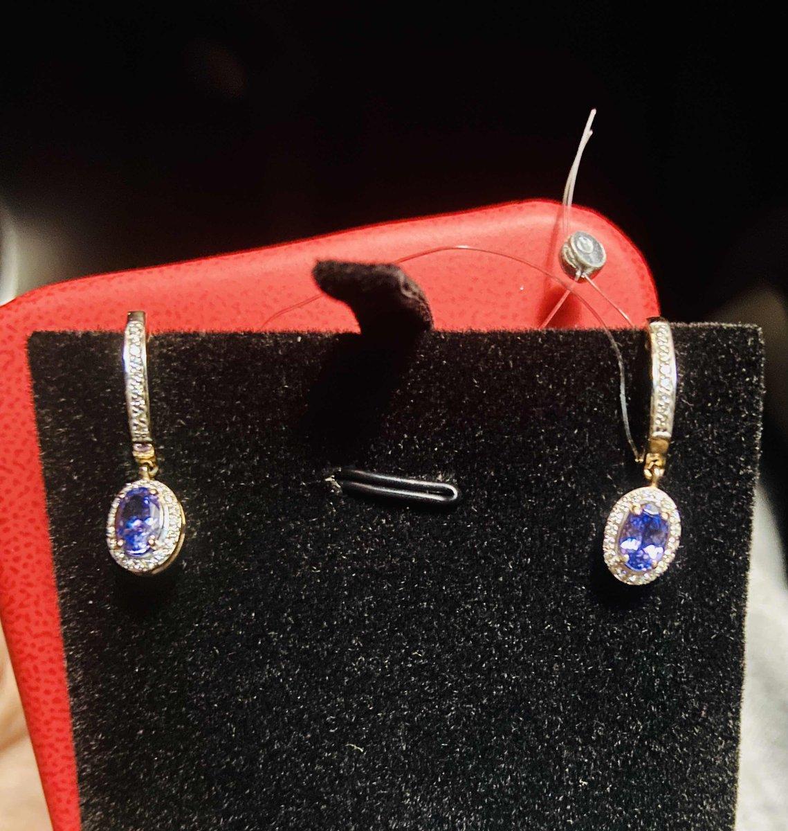 Сережки с танзанитом и бриллиантами
