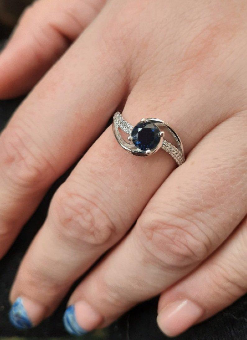 Очень красивое кольцо))
