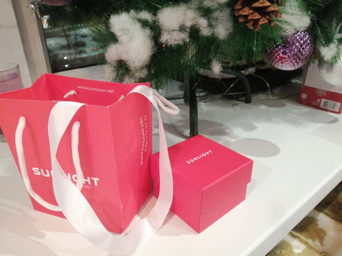 Очень красивые серёжки в подарок доченьке на новый год