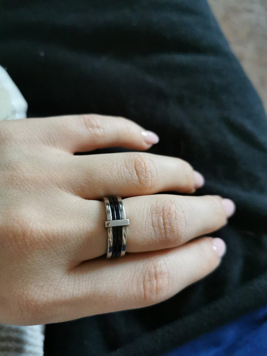 Классное кольцо и в пир и мир