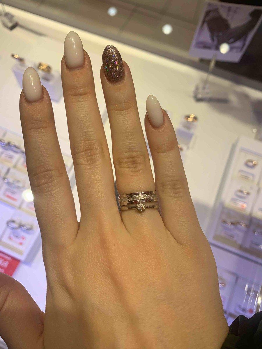 Покупка на свадьбу к обручальному кольцу