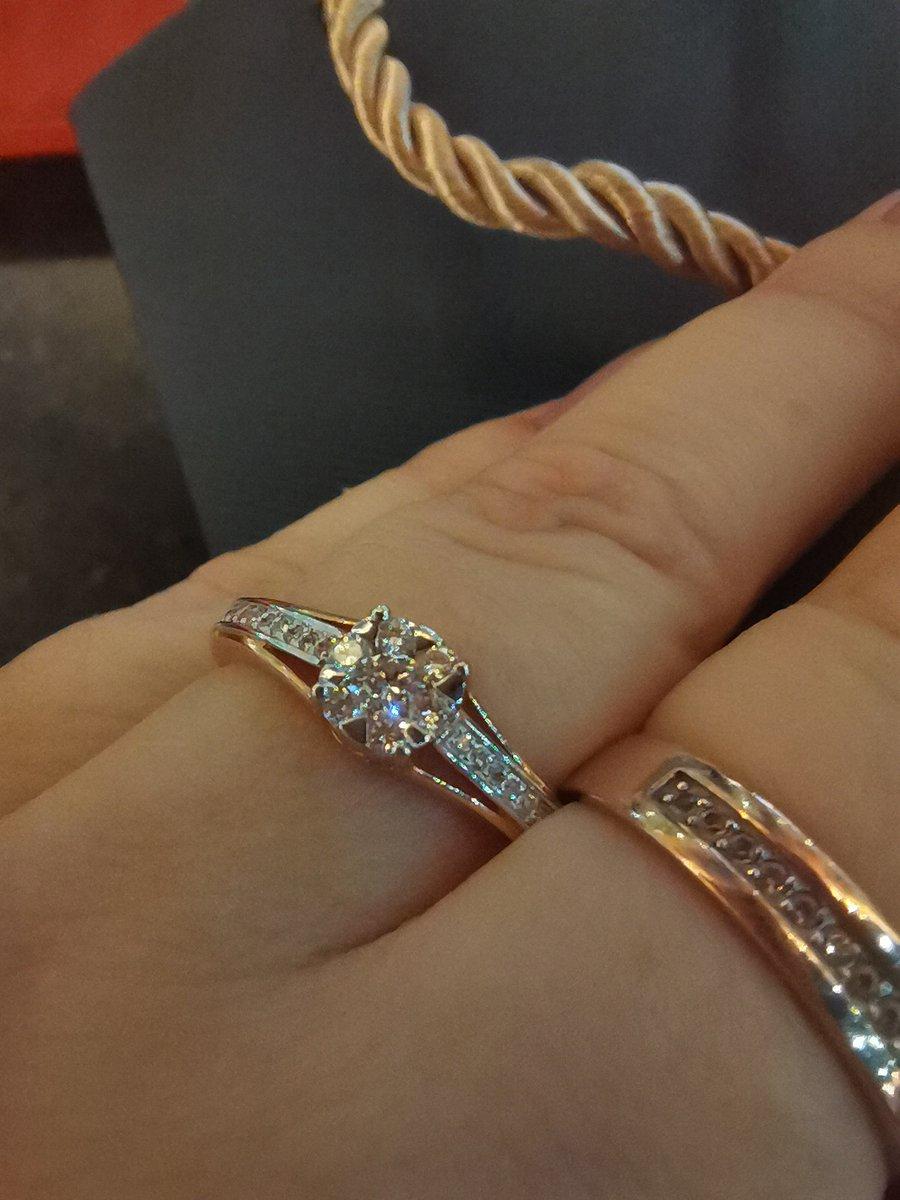 Шикарное кольцо для любого возраста