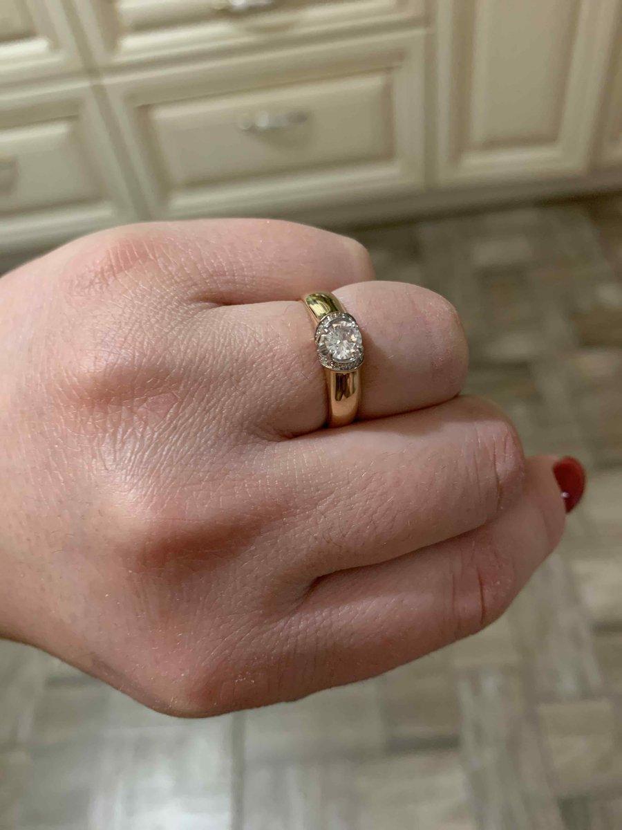 Очень классное кольцо!!!! в преддверии праздника сделала себе подарок!!!