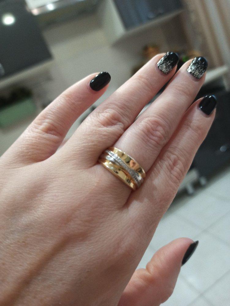 Широкое красивое кольцо