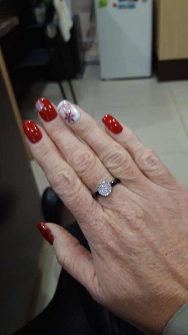 Кольцо очень сильно блестит... !!!