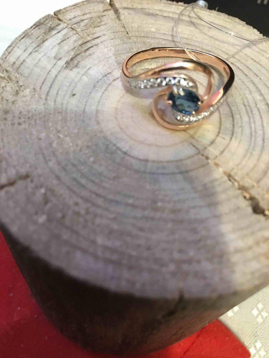 Колечко, колечко? кольцо, подарил жене на рождество!
