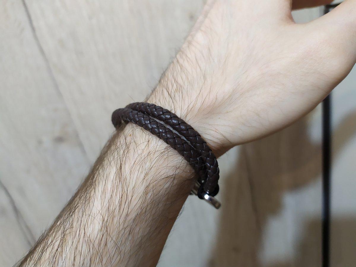 Крутой минималистичный браслет