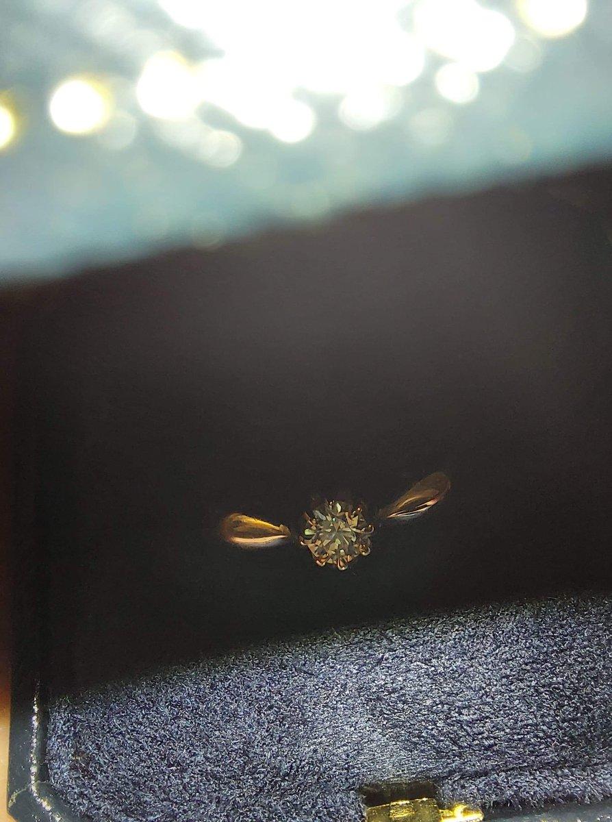 Очень красивое аккуратное кольцо