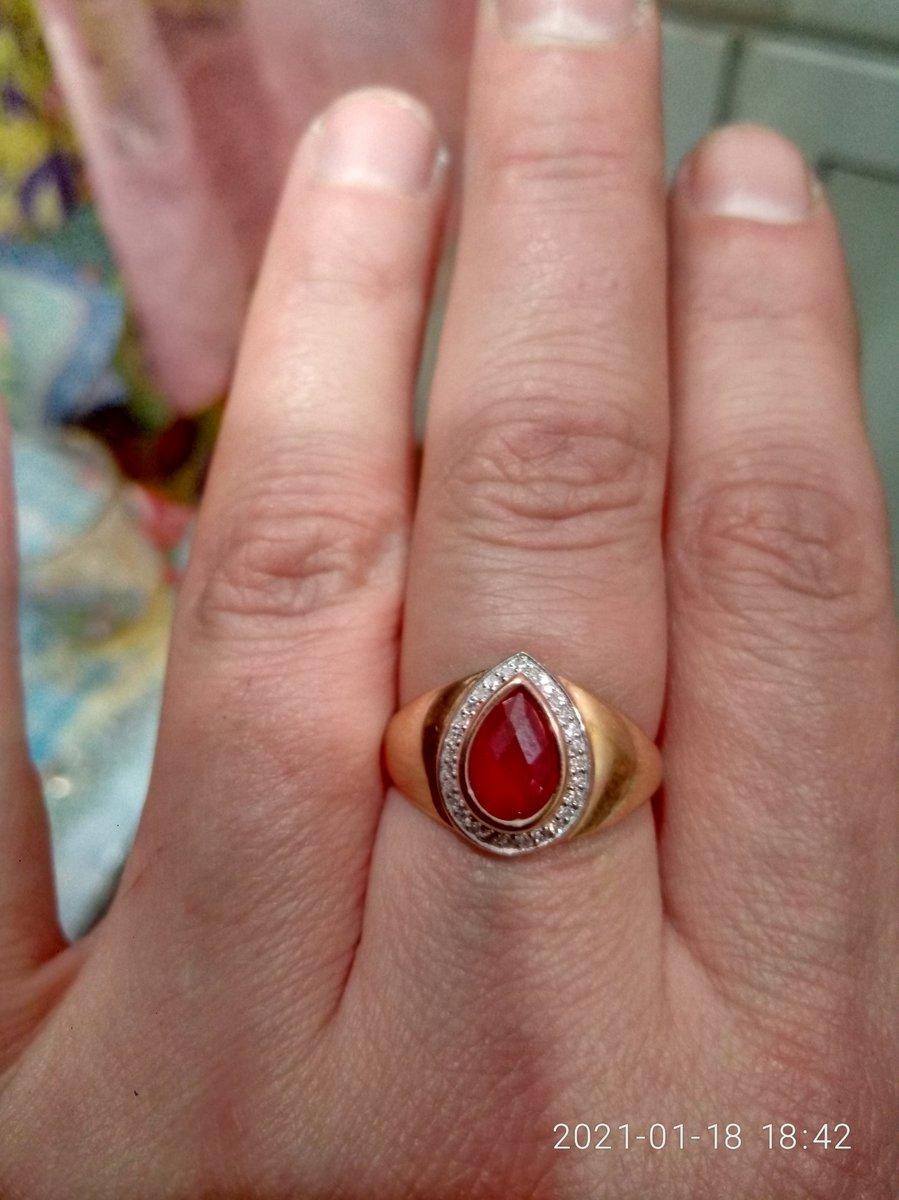 Изящный перстень.