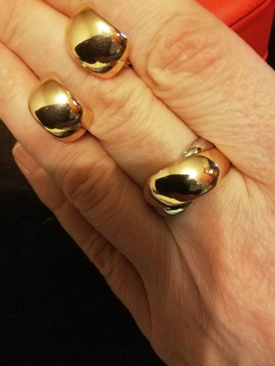 Золотое кольцо с напылением  белого золота.