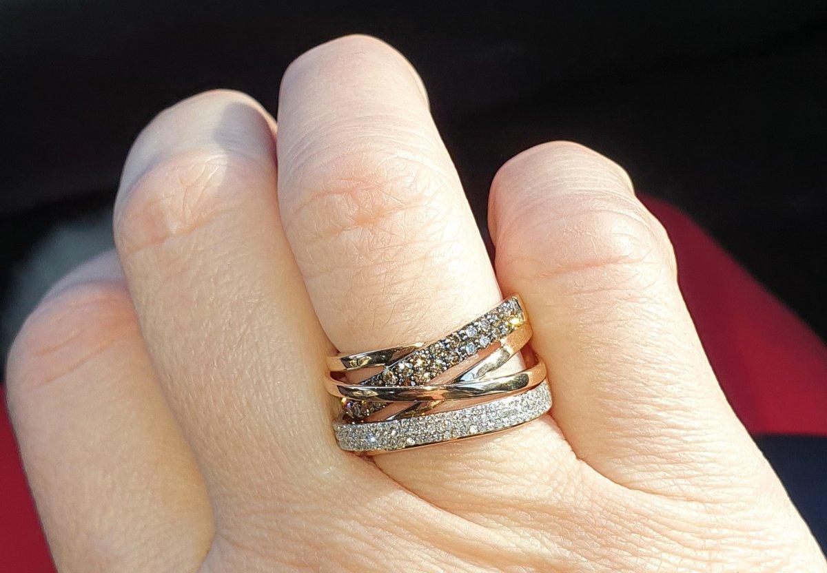 Я самая счастливая!!! с этим кольцом мне мой мужчина сделал предложение!