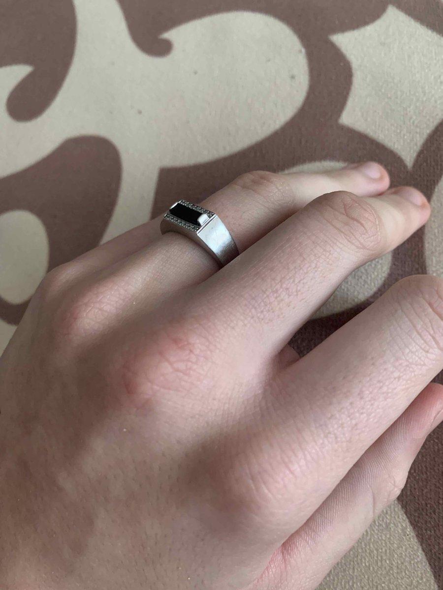 Кольцо для молодого парня