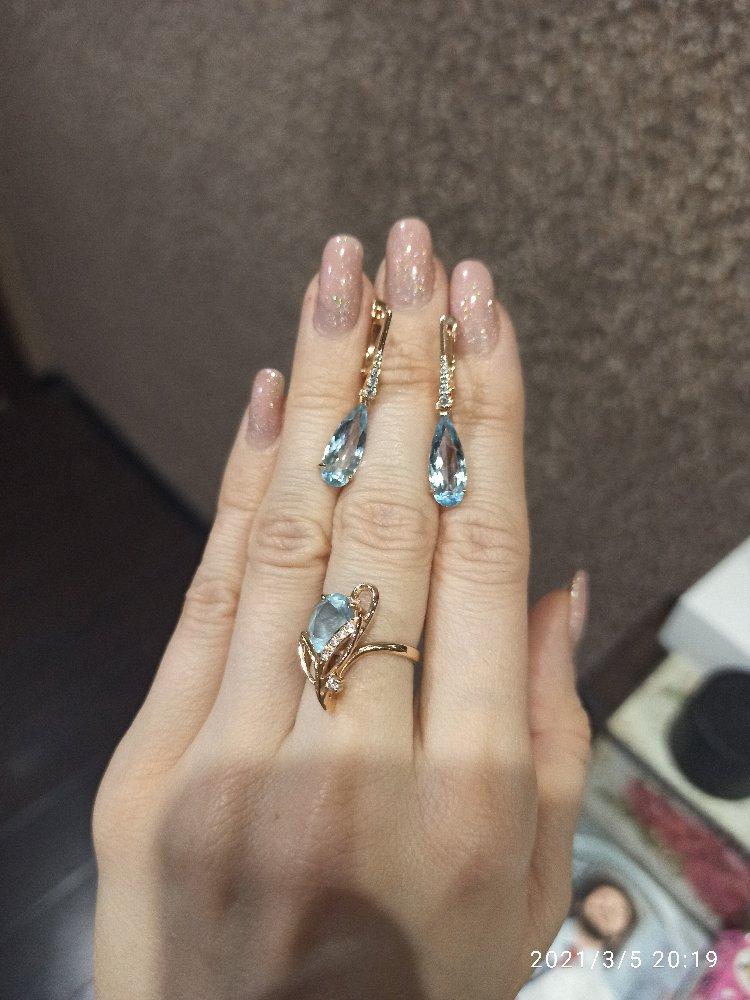 Золотые серьги капельки с топазами