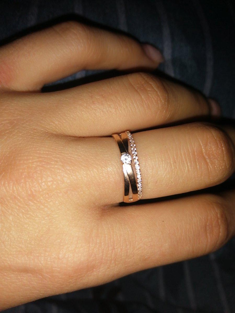 Отзыв: ювелирное украшение. золотое кольцо с фианитами - идеальный подарок!
