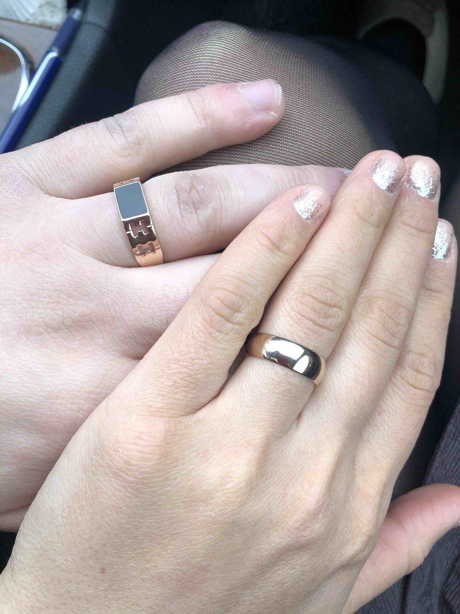 Стильный кольцо