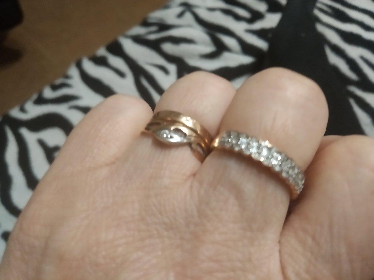 Нереально красивое кольцо с бриллиантами