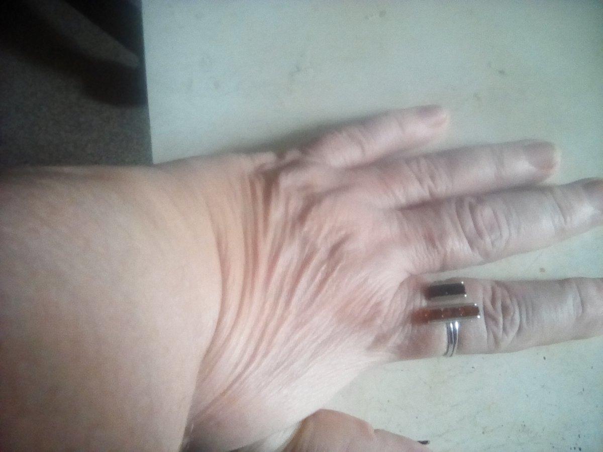 Кольцо серебряное с январём