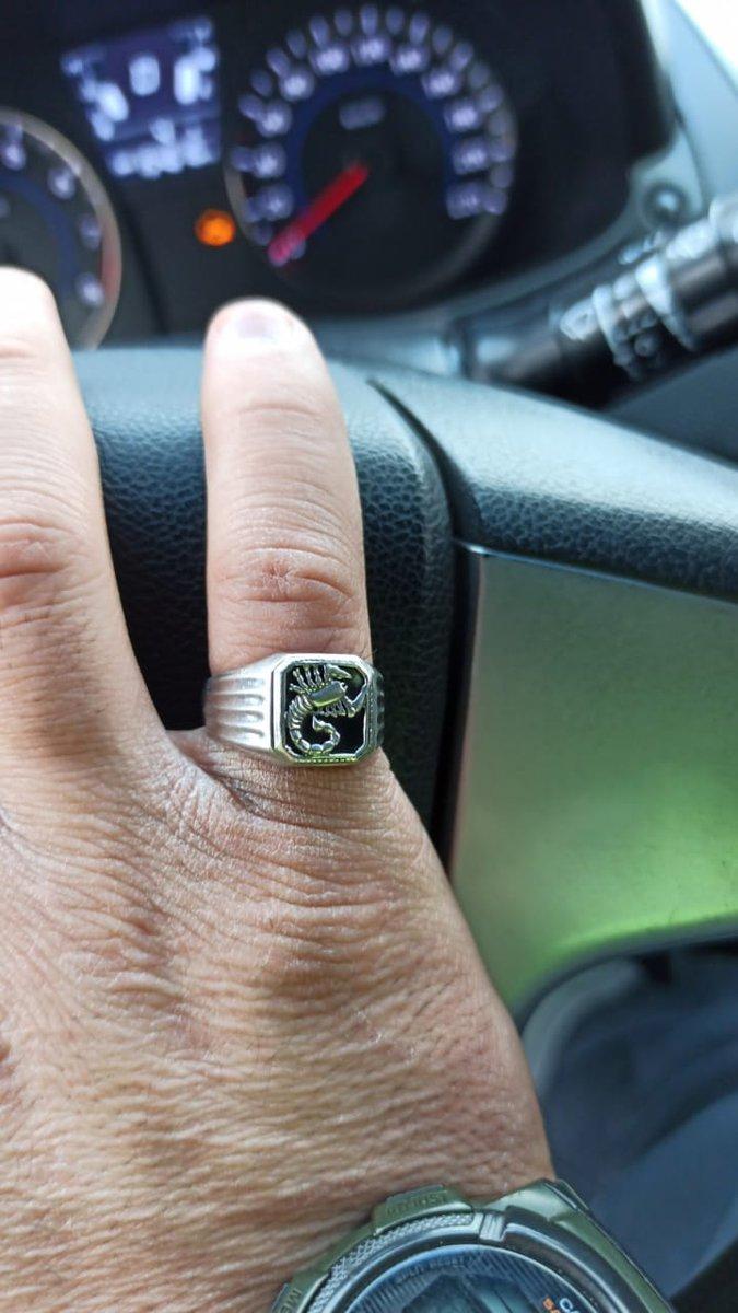 Покупала кольцо в подарок. очень понравилось.