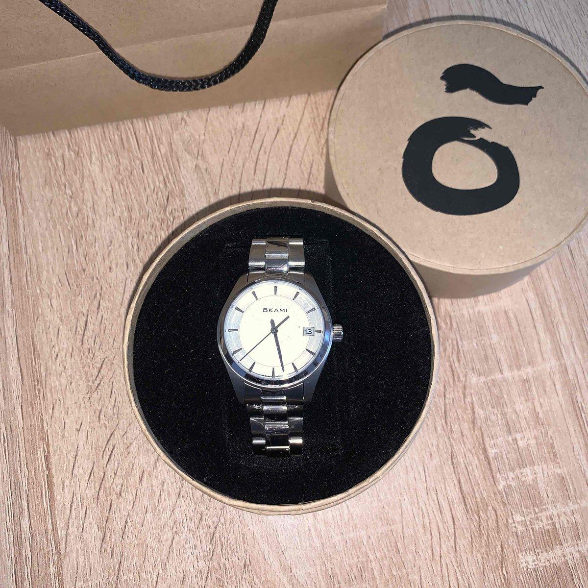 Утонченные часы
