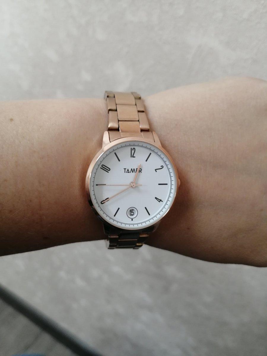 Симпатичные часы, приобрела в тк алмаз Челябинск.