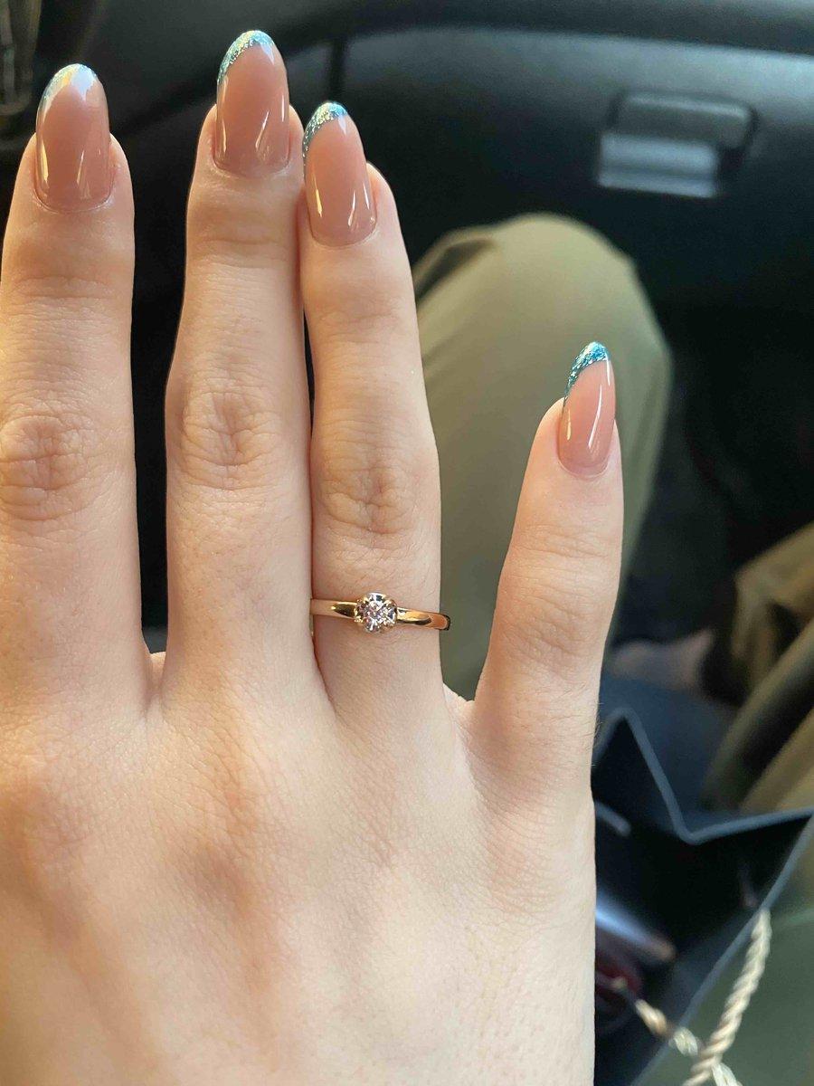 Замечательное помолвочное кольцо!