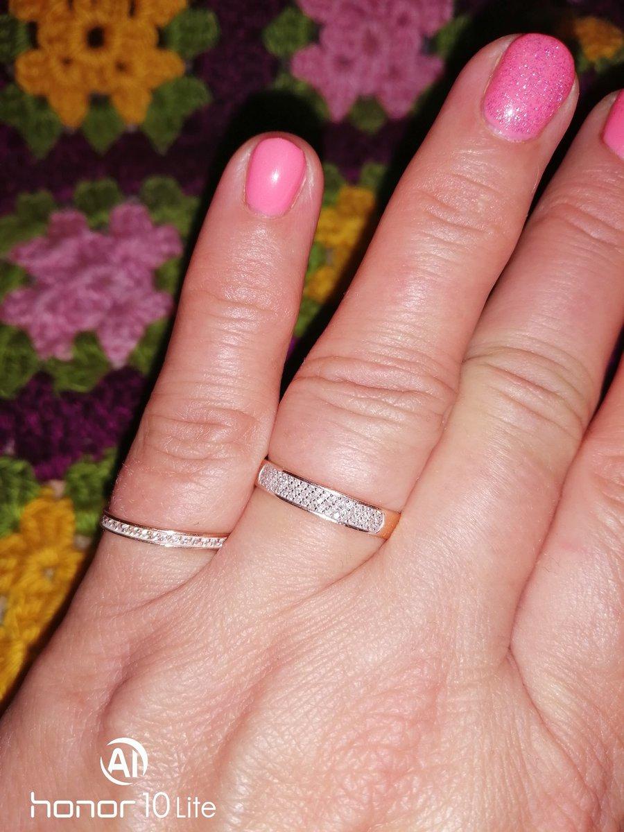Шик, блеск, красота подарок от любимого мужа просто так.