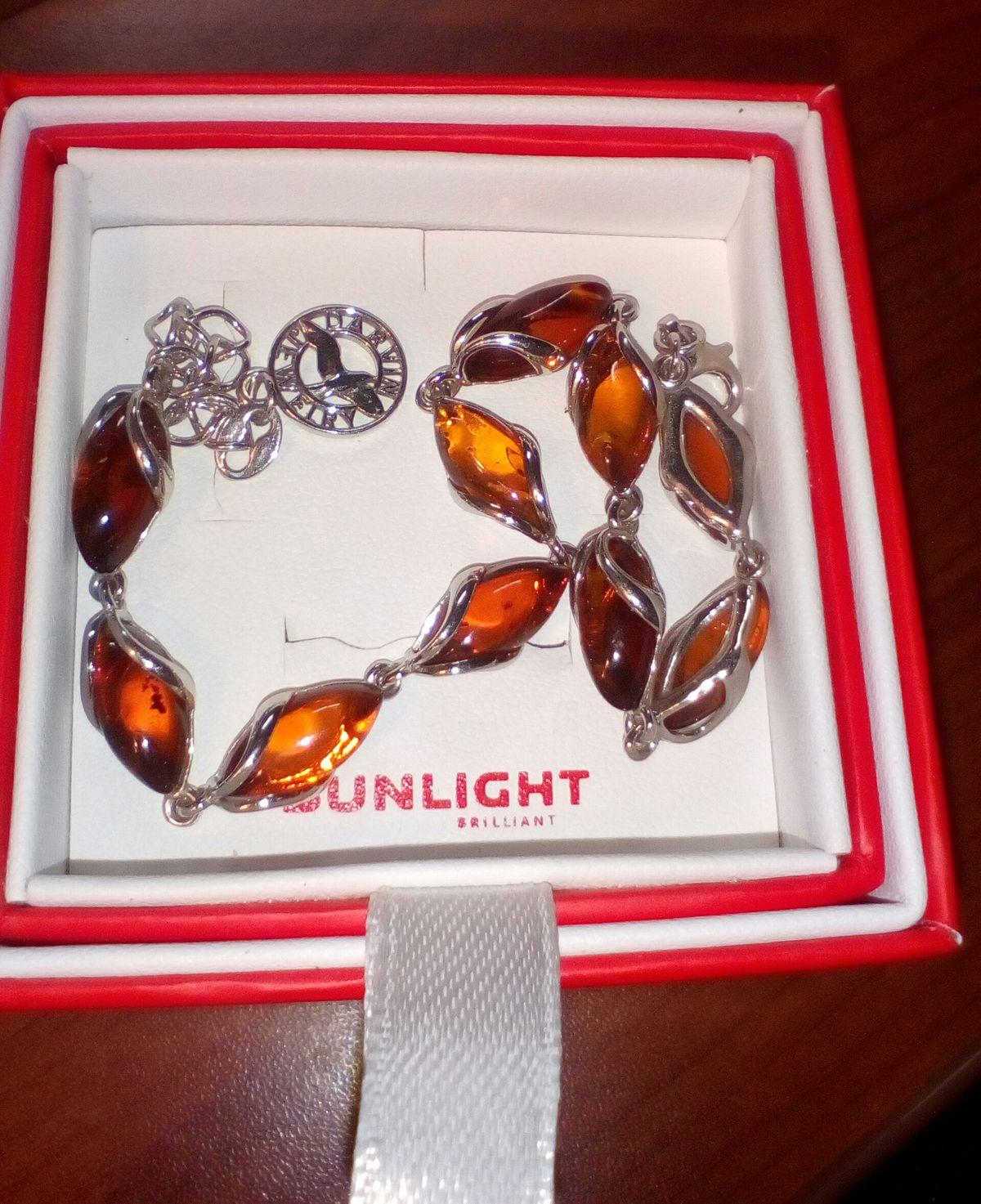 Шикарный браслет из янтаря
