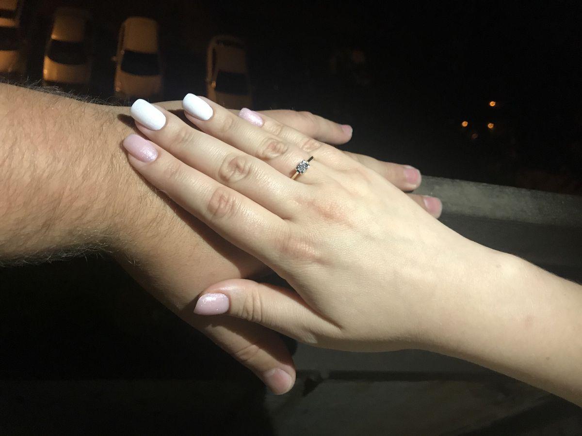 Замечательно кольцо от любимого!