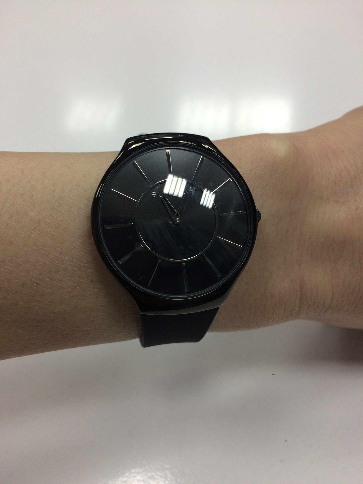 Часы очень стильные!