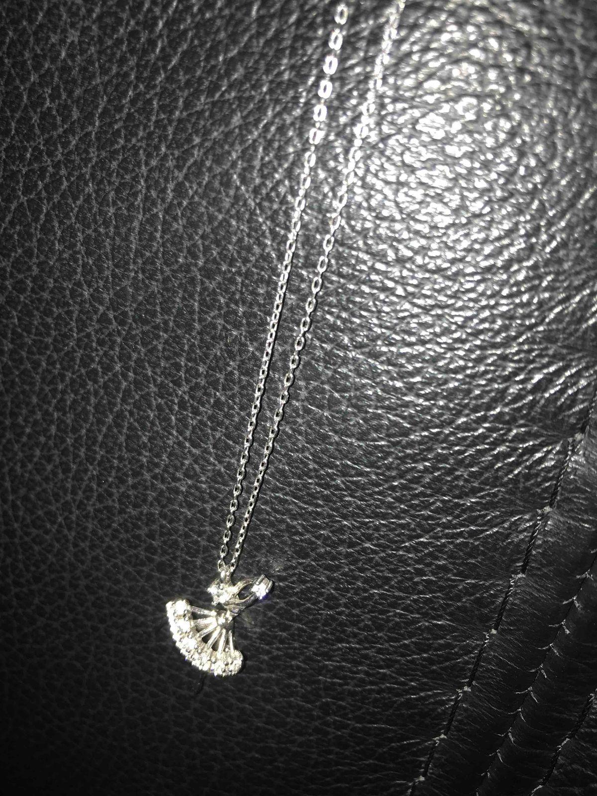 Серебряное шейное украшение с балериной
