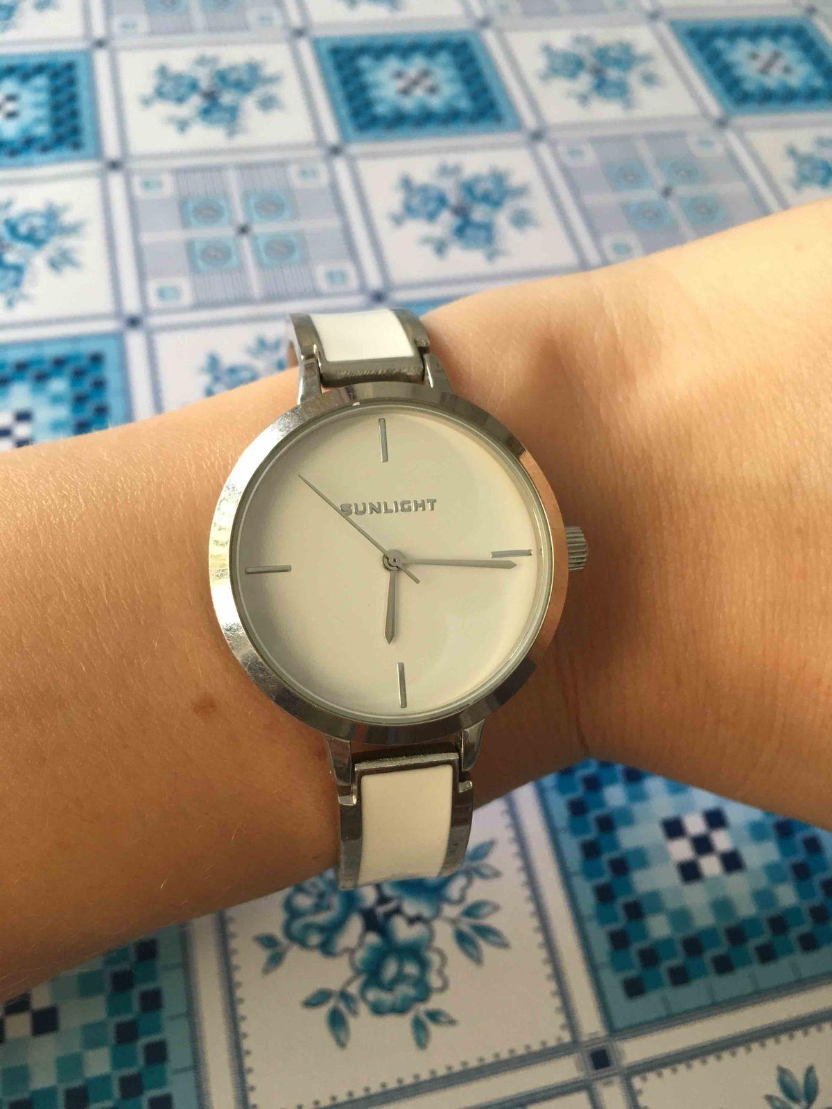 Симпатичные часы, но послужат недолго
