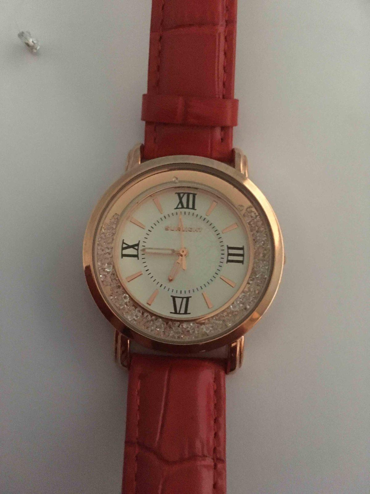 У меня новые часы !