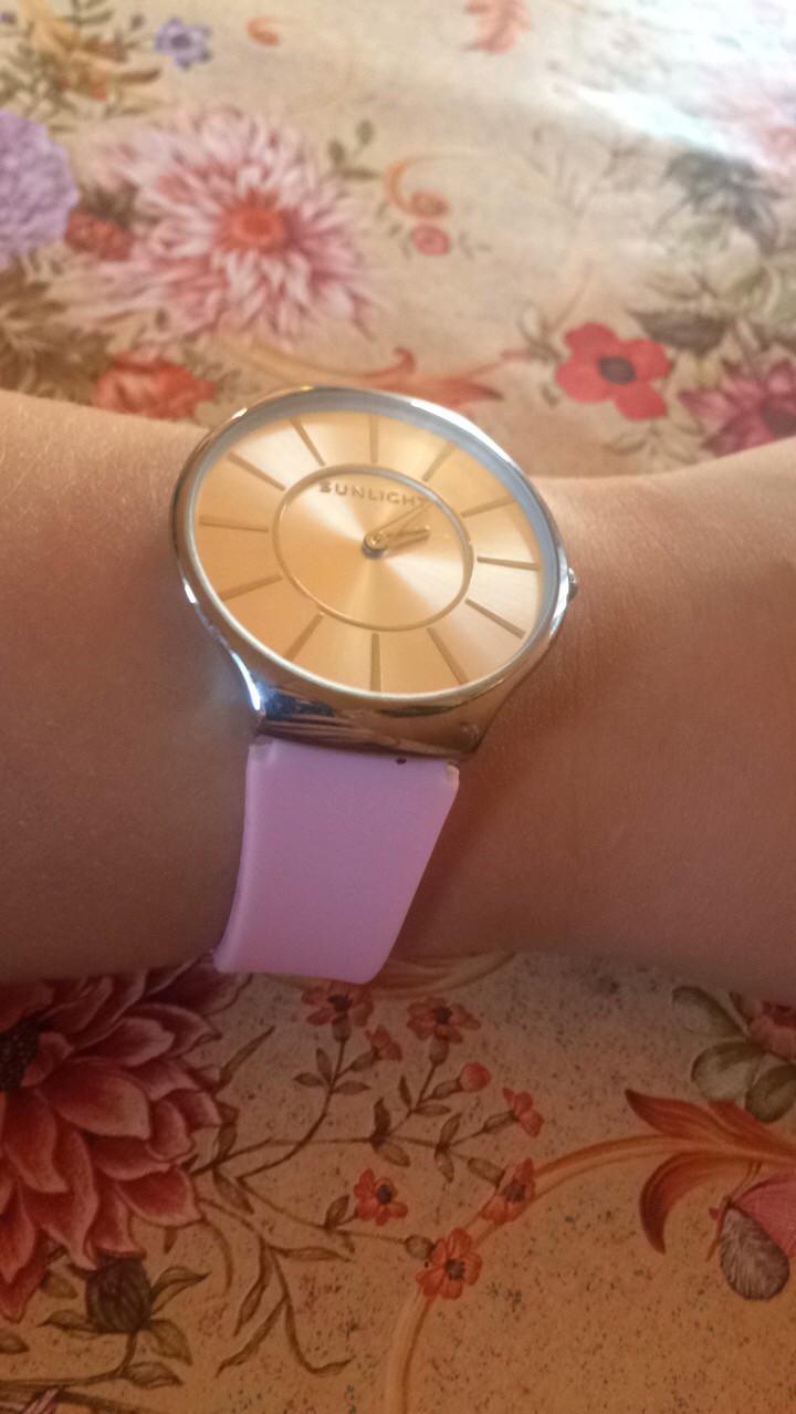 Очень красивые наручные часы!