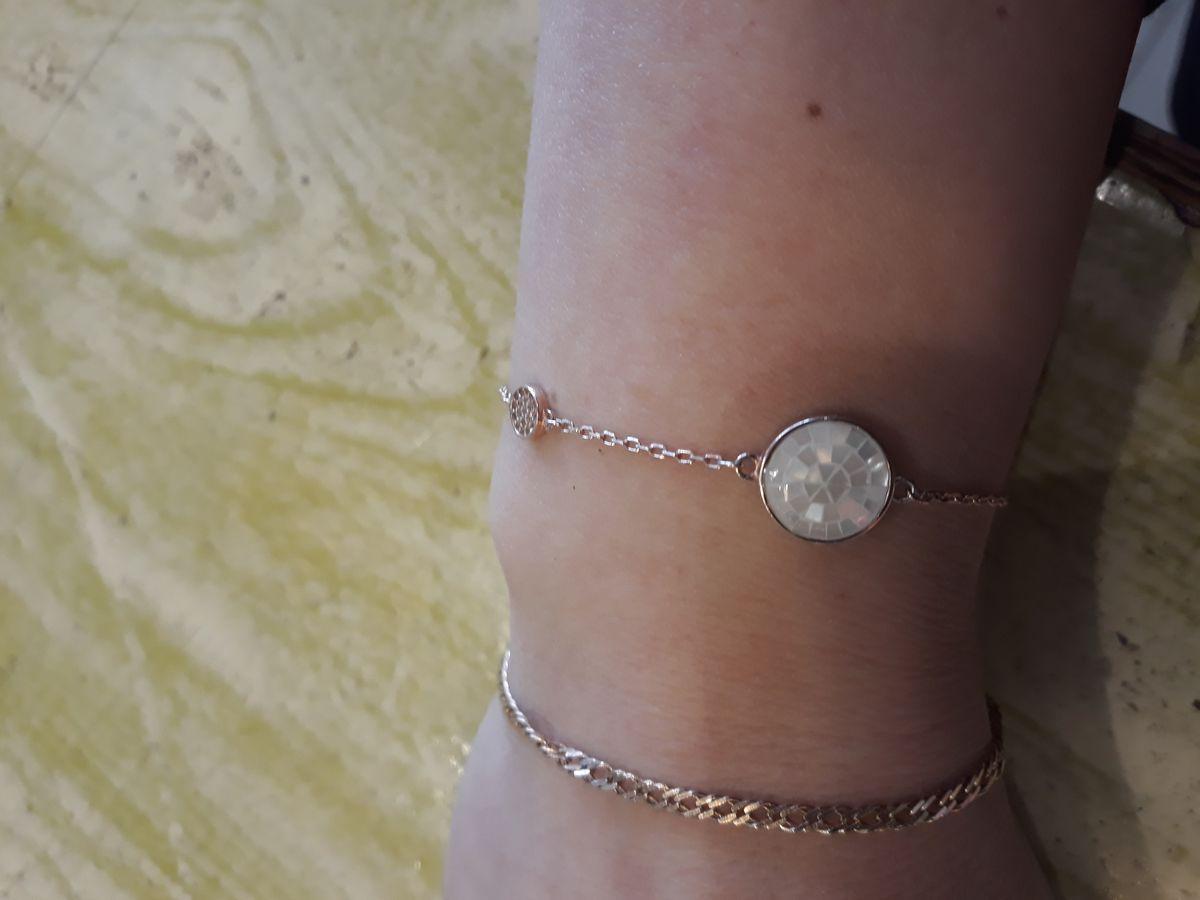 Оригинальный браслет, красиво смотрится на руке. удобно в носке, не ржавеет