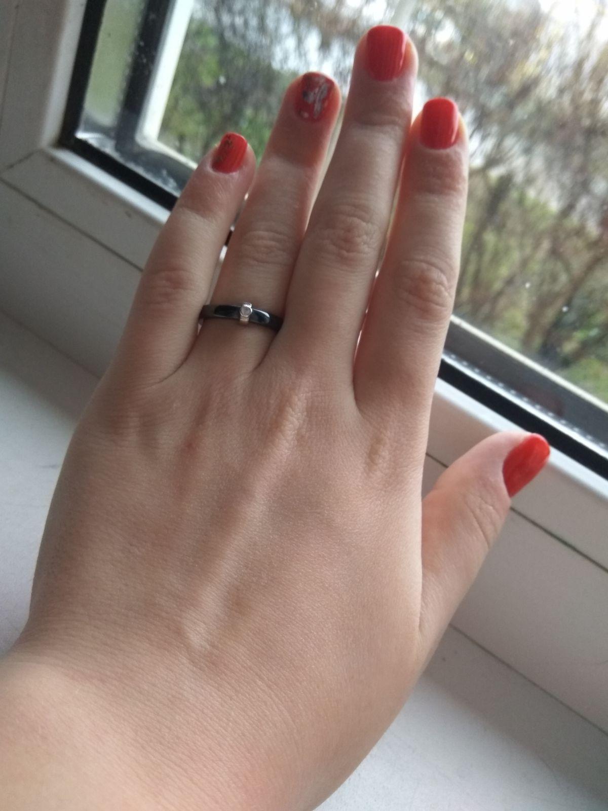 Кольцо,керамика ,фианит, проба Ag925