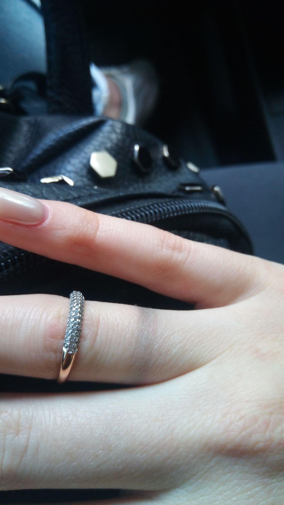Хорошее кольцо, но с изьяном