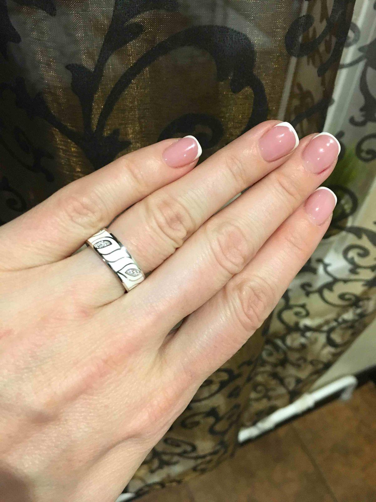 Кольцо маломерит на пол размера!!