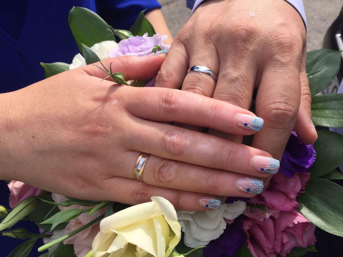 Не классические обручальные кольца
