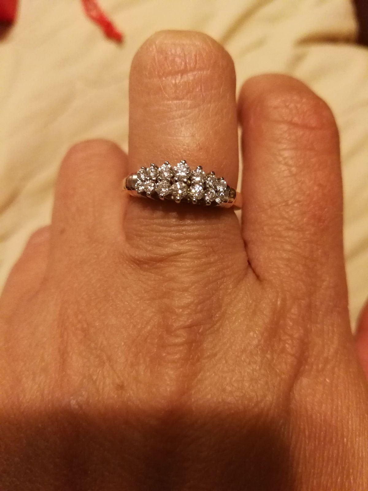 Долгожданное кольцо с якутскими бриллиантами