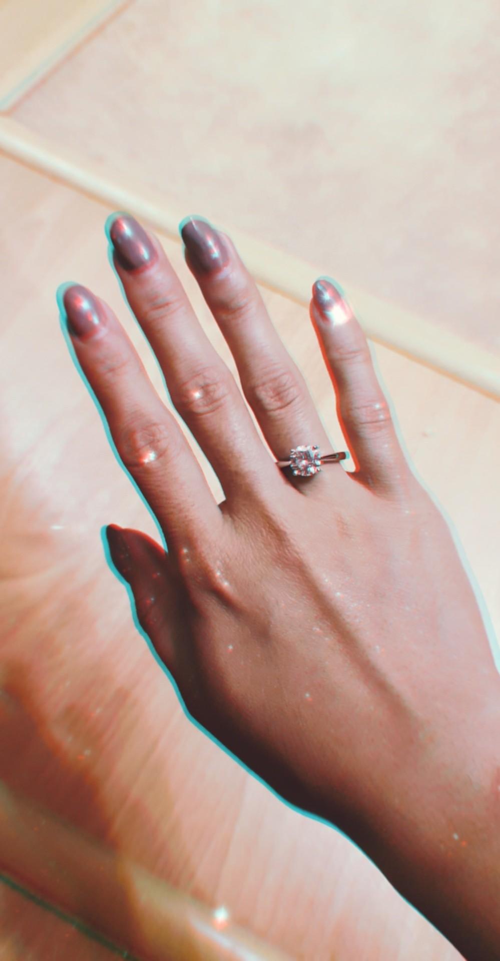 Кольцо на миниатюрную руку
