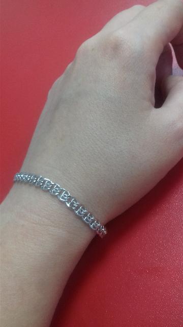 Нежный серебряный браслетик